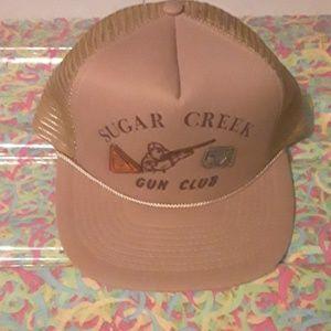 NWOT Sugar Creek Gun Club tan hat with 2 pins
